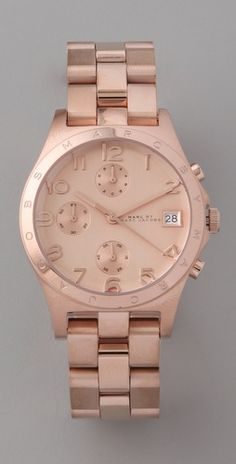 Marc By Marc Jacobs Rose Gold Watch. Great classic with a twist in rose gold takes the boyfriend watch and makes it so on trend.