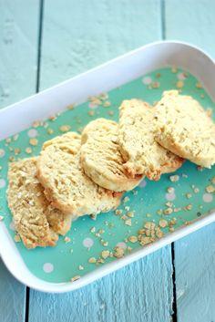 Oat & Vanilla Shortbread Cookies