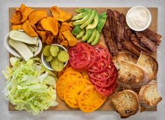 Let your next house guests put together their own customized BLT! Try out this DIY lunch board guide Sandwiches For Lunch, Cook At Home, Charcuterie Board, Pennsylvania, Cobb Salad, Tomatoes, Picnic, House Guests, Tasty