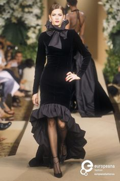 Yves Saint Laurent, Autumn-Winter 2000, Couture                                                                                                                                                     More