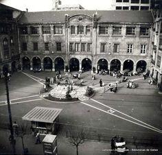 Plaza de las Escuelas Municipales de Las Arenas, años 60 (Cedida por Javier Muro) (ref. 03974)
