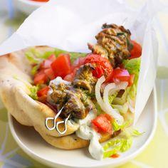 Découvrez la recette Brochette à la viande d'agneau façon kebab sur cuisineactuelle.fr.