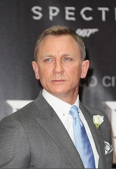Daniel Craig attends the premiere of the Americas of SPECTRE at Auditorio Nacional/Mexico City/November 2