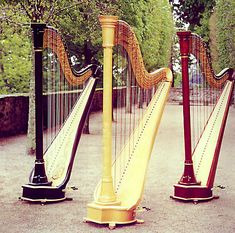 harps and harp music there is something so soothing about them. Viola Instrument, Clarinet, Blue Band, Music Stuff, Cello, Music Lovers, Rocking Chair, Southeast Asia, Musical Instruments