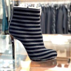 Stivaletto CHIARINI BOLOGNA finish nero Outlet Store, Bologna, Stiletto Heels, It Is Finished, Boots, Fashion, Elegant, Crotch Boots, Moda
