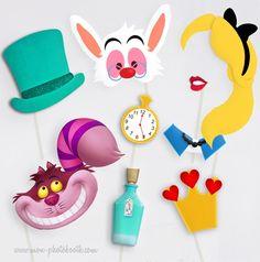 Alice au Pays des Merveilles Photobooth Accessoires - Mon Photobooth