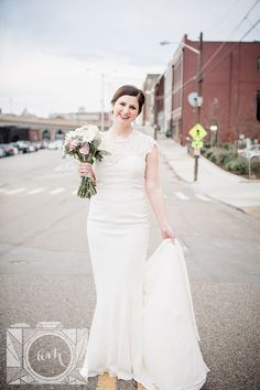 Bridal pictures at The Standard in downtown Knoxville by Amanda May Photos