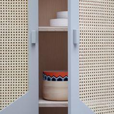 Commode STRAW en hêtre massif avec portes en cannage - COLONEL