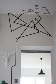 Installation examples black white set up living-room philippe starck lamps and light