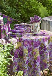 Floribunda Tablecloth - Lilac