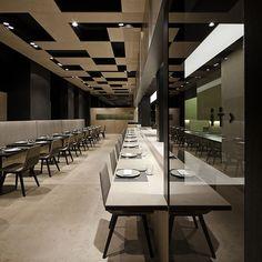Francesc Rifé viste de piedra natural el restaurante Nu de Pere Massana