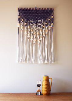 Dip dyed macramé wall hanging - Violet