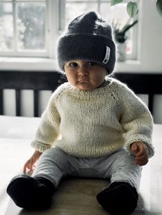 Ravelry: strikkeskolens hue pattern by Pia Trans Knitting For Kids, Knitting Projects, Knitting Patterns, Drops Design, Drops Lima, Crochet Pattern, Knit Crochet, Drops Baby, Jumper