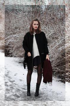 So in Carmel / Black + burgundy //  #Fashion, #FashionBlog, #FashionBlogger, #Ootd, #OutfitOfTheDay, #Style