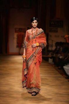 Tarun Tahiliani wifw a/w 2013 gold orange black sari