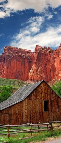 Old Barn Near Fruita at Capitol Reef National Park, Utah - yes. Great hiking in Capitol Reef Wyoming, Farm Barn, Old Farm, Capitol Reef National Park, National Parks, Country Barns, Country Living, Country Roads, Country Scenes