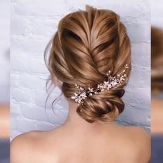 Amazing😍😍 – beautiful hair styles for wedding Fast Hairstyles, Headband Hairstyles, Girl Hairstyles, Braided Hairstyles, Hairstyles Videos, Curly Hair Styles, Natural Hair Styles, Hair Upstyles, Wedding Hairstyles Tutorial