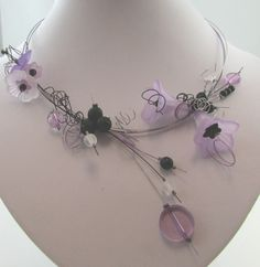 ensemble collier fleurs clochettes 1M par creationsfloraline