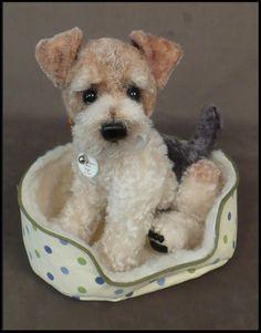 Shoe Puppies Needle Felted Animals, Felt Animals, Wet Felting, Needle Felting, Felt Dogs, Wire Fox Terrier, Soft Sculpture, Felt Art, Handmade Toys