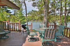 Hiller Vacation Homes: West Bay Getaway