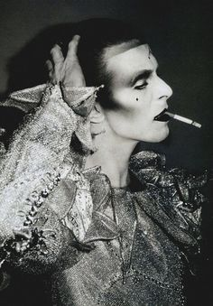 david bowie and cigarette