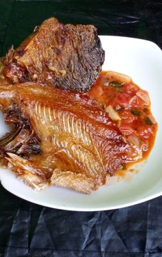 Zambian Food, Nigerian Food, Fish Curry, Fusion Food, African Recipes, International Recipes, Fries, Yummy Food, Group