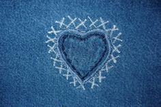 #Aufnäher #Herz - Wichtig in einer Beziehung - Regel 1 - Pflegen Sie Ihre Beziehung wie Ihre Lieblingsjeans: http://www.beziehungsratgeber.net/beziehungstipps/wichtig-einer-beziehung-5-goldene-regeln/