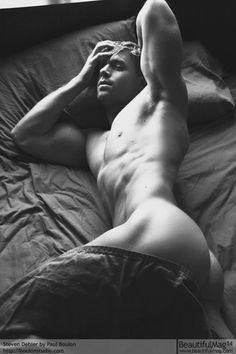 Sexy Steven Dehler Nude showing his Ass Butt Men In Bed, Hommes Sexy, Male Photography, Color Photography, Male Form, Male Physique, Male Beauty, Sensual, Gorgeous Men