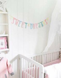 Sweet - die Buchstabenketten von A little lovely Company - Namen, Sprüche oder Wünsche ganz einfach selbst texten.
