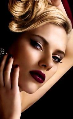 Scarlett Johansson  Beautiful LIps, Beautiful Face, Just Plain Beautiful!