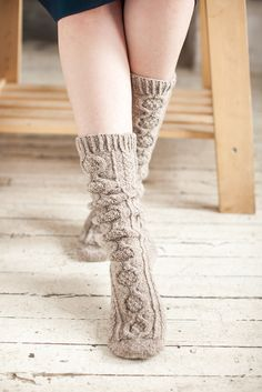 Inglenook.  LOVE these @ao B.!  Was looking at cable-fronted sock patterns just the other day.