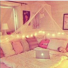 Teen Girl Bedrooms - A really powerful yet breathtaking pool of bedroom decor tricks. For additional enjoyable teen girl room decor information why not push the link to wade through the post example 5656724335 this instant. Teenage Girl Bedrooms, Girl Bedroom Designs, Design Bedroom, Awesome Bedrooms, Dream Bedroom, Bedroom Bed, Teen Bedroom, Modern Bedroom, Contemporary Bedroom