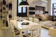 #Mesas, #sillas, y #complementos únicos te esperan en nuestra Tienda, para que puedas armar tu comedor y compartir los mejores momentos. En Cespedes 2900, Bs. As.