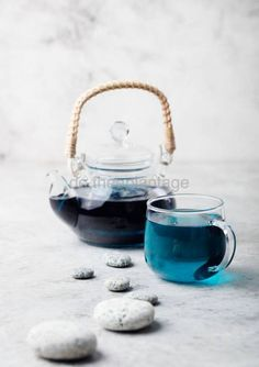 Butterfly pea tea Anchan Relaxing scene Pebbles by Anna Pustynnikova on Butterfly Pea Flower Tea, Blue Butterfly, Blue Food, Tea Brands, Oolong Tea, Tea Art, Tea Service, Anna, Tea Accessories