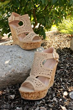 Under The Trellis Wedges