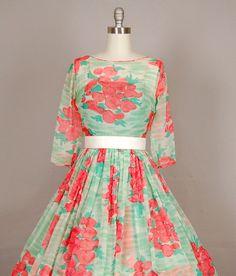vintage dress at nod to mod vintage.
