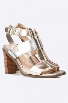 Lodičky Sandály na podpatku  - Clarks - Sandály