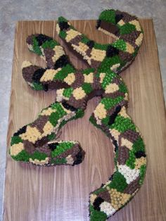 Browning Buckmark Symbol Chocolate cake with Camo Buttercream. Pull Apart Cupcake Cake, Pull Apart Cake, Cupcake Cakes, Fancy Cakes, Cute Cakes, 16th Birthday, Birthday Parties, Birthday Ideas, Birthday Stuff
