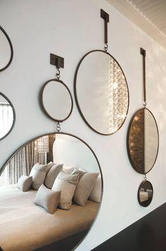 #Decoration_interieur #Interior_design   #decor_mur #wall_decor #wall   ► Mosaïque de #miroirs ronds   Mosaic round #mirrors