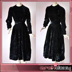 Vintage 1930s Art Deco Superb Soft Crushed Velvet Agent Carter  Dress #vintage #artdeco  http://www.ebay.co.uk/itm/Vintage-1930s-Art-Deco-Superb-Soft-Crushed-Velvet-Agent-Carter-Midi-Dress-UK14-/371588890827?ssPageName=STRK:MESE:IT