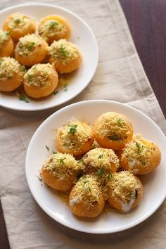 Dahi Sev Batata Puri Recipe with video and step by step photos - Yet another chaat snack from the lands of Mumbai (Bombay).  After having written about the chaat recipes from Mumbai - Pani Puri, Bhel