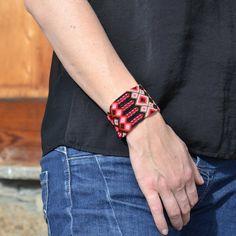 Bracelet Macramé Brésilien manchette, fait main, handmade, provenant du Guatemala, modèle unique