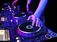 Dj Music, Dance Music, Night Club, Night Life, Dj Ka, Expedia Travel, Hongdae, Wedding Planning Guide, Dj Songs