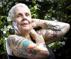 Novas imagens mostram pessoas idosas com tatuagens | Estilo
