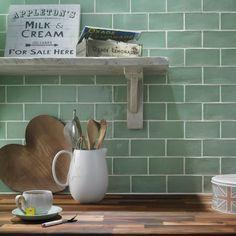New kitchen wall colors green subway tiles Ideas Kitchen Wall Tiles, Kitchen Backsplash, Backsplash Ideas, Room Tiles, Tile Ideas, Green Subway Tile, Subway Tiles, Green Tiles, Kitchen Colors