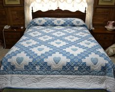 Queen Size Quilt Double Irish Chain With Hearts by BettsQuilts, $675.00..Pretty..