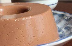 O kefir pode ser consumido puro ou misturado a frutas e cereais e ainda é usado no preparo de diversas receitas, como queijos, iogurtes, pães e sobremesas.