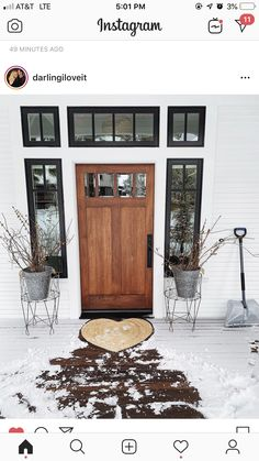 Really into White House, black trim, and natural wood door! White Exterior Houses, Modern Exterior Doors, Wood Exterior Door, White Houses, Exterior Paint, White Siding, Black Shutters, Black Trim Interior, Dover House