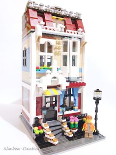 LEGO Alternative 31026 - House Church by alanboar Lego Activities, Lego Games, All Lego, Lego Lego, Lego Moc, Lego Batman, Lego Design, Modular Design, Lego Village