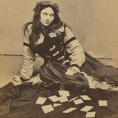 Jones Jones this looks just like magistra…….i found it on this website that has lots of old pictures….aparently she's a fortune teller from the a little creepy Vintage Pictures, Old Pictures, Vintage Images, Old Photos, Pierrot Clown, Foto Portrait, Gypsy Life, Fortune Telling, Vintage Circus
